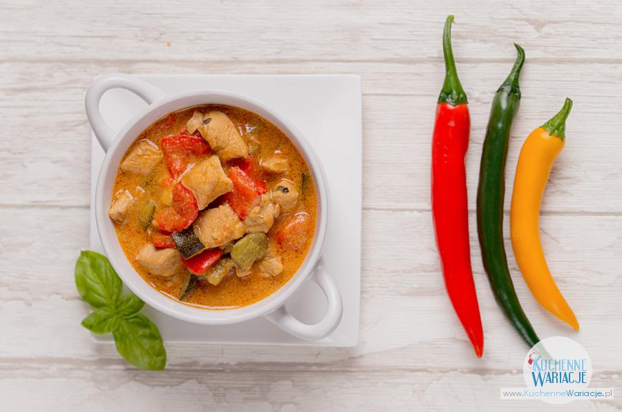 Tajskie curry z kurczakiem i warzywami