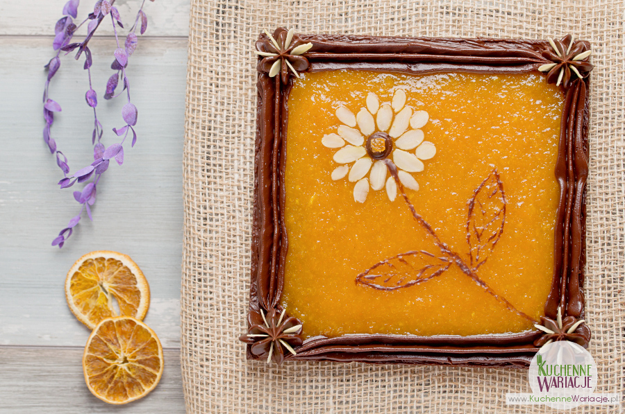 Mazurek czekoladowy z konfiturą pomarańczową