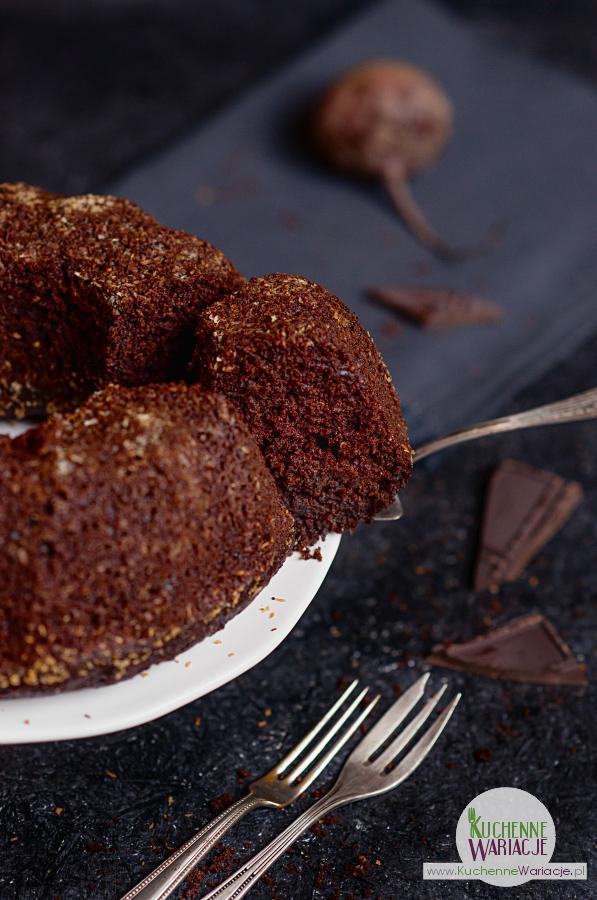 dekadenckie-ciasto-z-burakow-i-czekolady