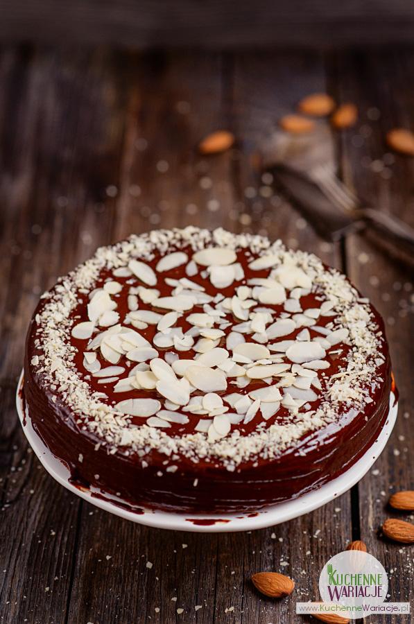 Wegańskie bezglutenowe ciasto dyniowo migdałowe
