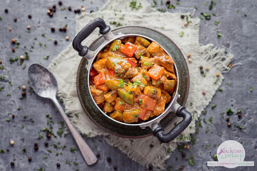 Gulasz wieprzowy z papryką i pieczarkami - Kuchenne Wariacje