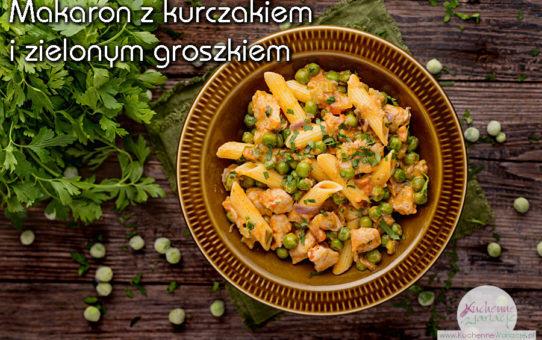 Makaron z kurczakiem i zielonym groszkiem