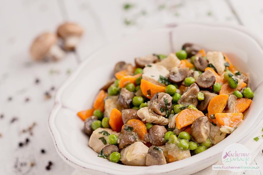 Gulasz z indyka z warzywami - Kuchenne Wariacje