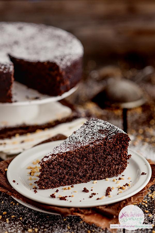 Puszyste ciasto czekoladowo orzechowe - Kuchenne Wariacje