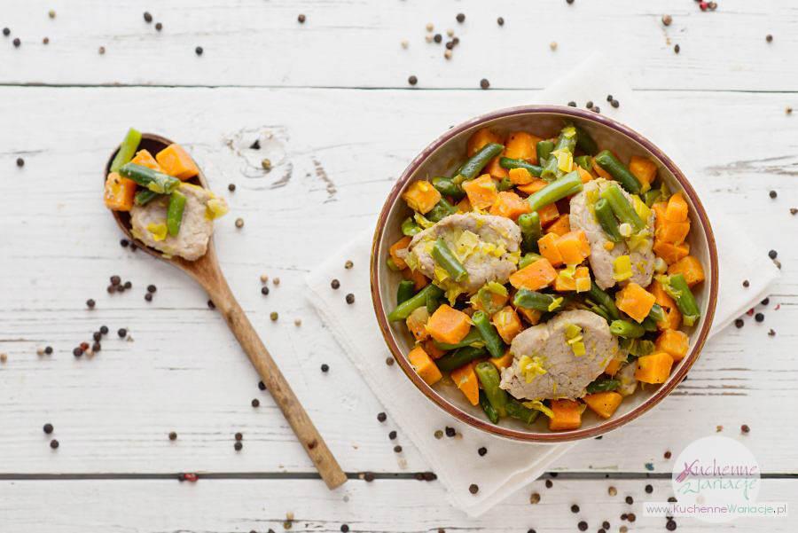 Polędwiczka wieprzowa z batatami i zieloną fasolką szparagową - Kuchenne Wariacje, Sezonowo Bezglutenowo