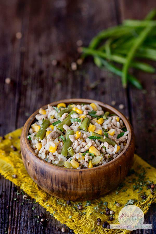 Ryż z mięsem mielonym, kukurydzą i zieloną fasolką szparagową - Kuchenne Wariacje, Sezonowo Bezglutenowo