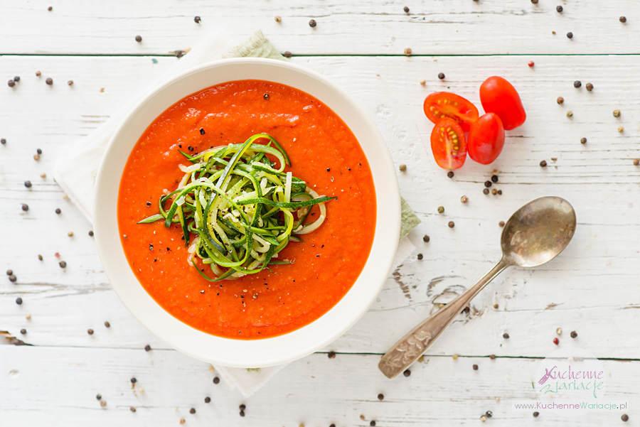 Krem z pieczonych pomidorów i papryki z makaronem z cukinii - Kuchenne Wariacje, Sezonowo Bezglutenowo