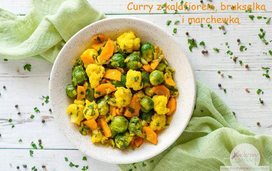 Curry z kalafiorem, brukselką i marchewką (post Dąbrowskiej)