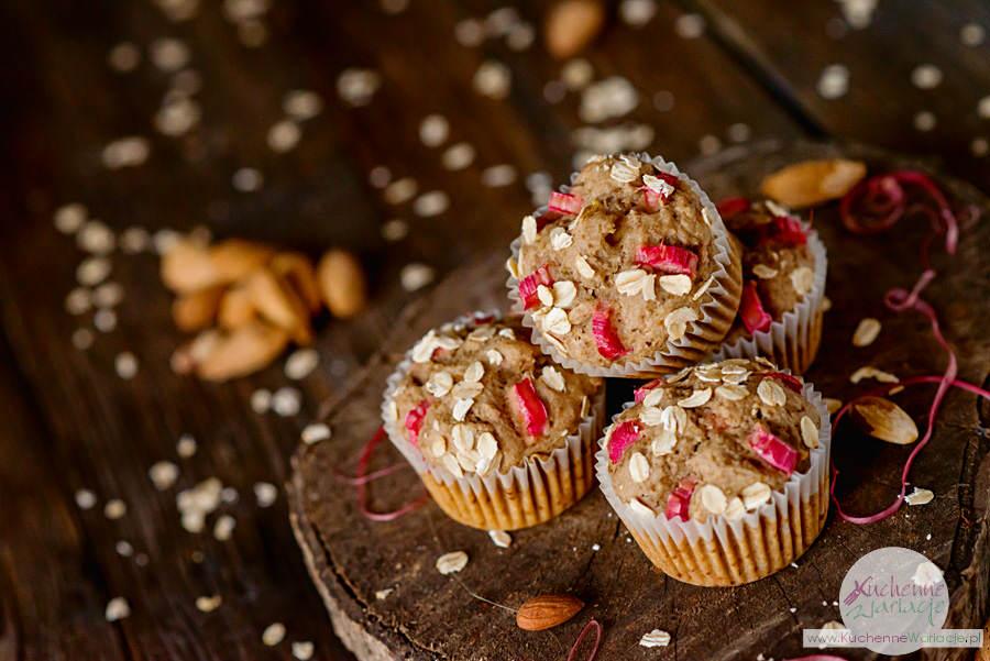 Bezglutenowe muffiny owsiane z rabarbarem - Kuchenne Wariacje, Sezonowo Bezglutenowo