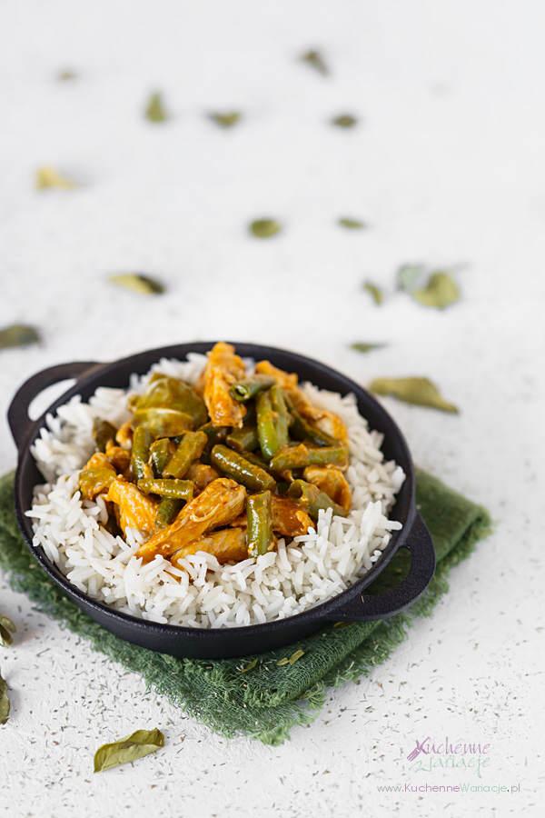 Panang curry z kurczakiem i zieloną fasolką szparagową - Kuchenne Wariacje, Sezonowo Bezglutenowo