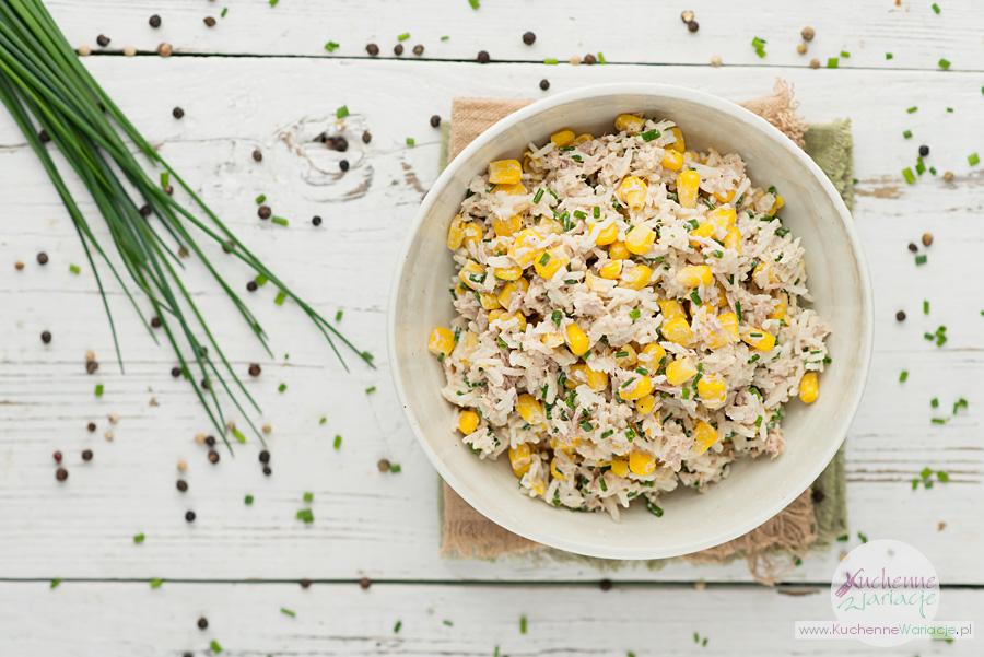 Sałatka z tuńczykiem, ryżem i kukurydzą - Kuchenne Wariacje, Sezonowo Bezglutenowo