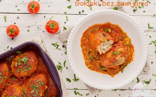 Gołąbki bez zawijania w sosie pomidorowo-porowym